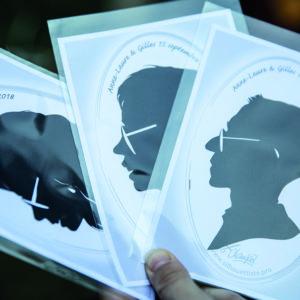 3 silhouettes, pochettes